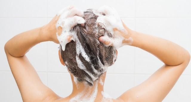 shampoing clarifiant gommant