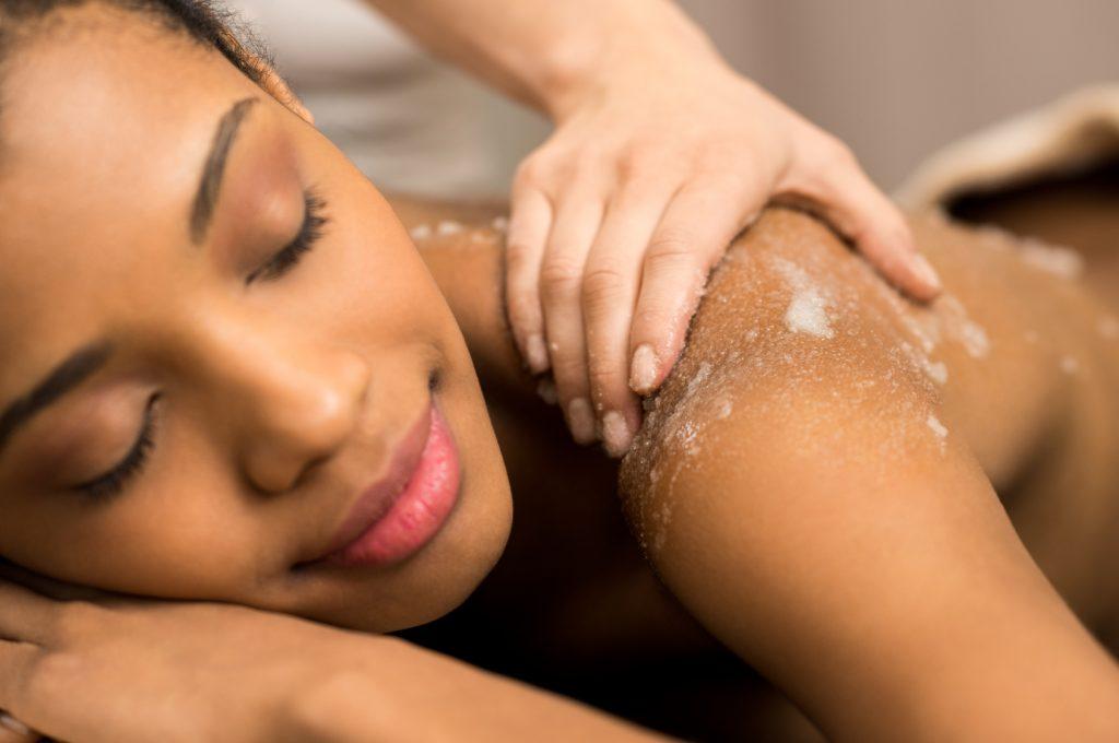 gel aloe vera sur la peau curls essentielle