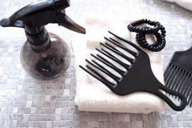 accessoires indispensables cheveux crepus curls essentielle