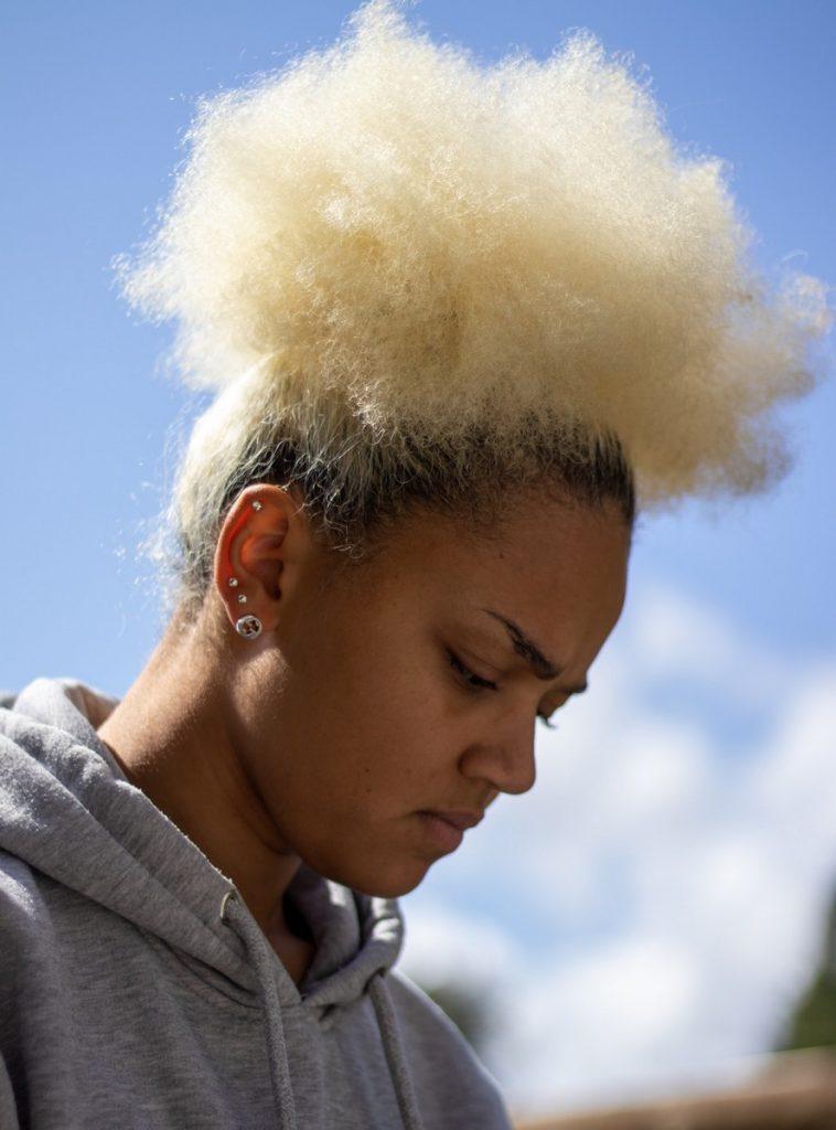 quels soins pour cheveux boucles crepus poreux forte porosite