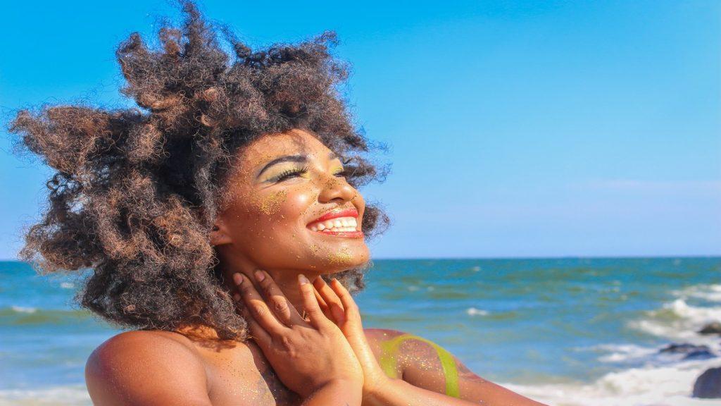 retrouver un bel afro après ete curls essentielle mag